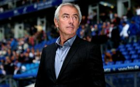 1. Bundesliga: Hamburg's coach Bert van Marwijk prior to match vs VfB Stuttgart