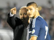 2014 World Cup Qualifier 10152013 Alejandro Sabella Mauro Icardi Argentina NT