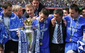 Jose Mourinho, Premier League trophy, EPL, Chelsea