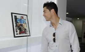 Cristiano Ronaldo remembers Mandela