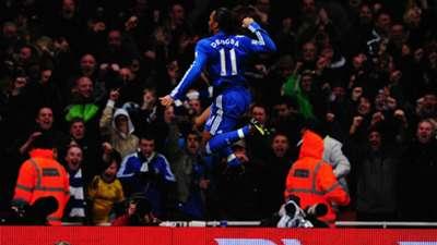 Didier Drogba Arsenal Chelsea Premier League 29112009