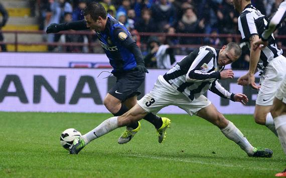 Cassano & Chiellini - Inter-Juventus