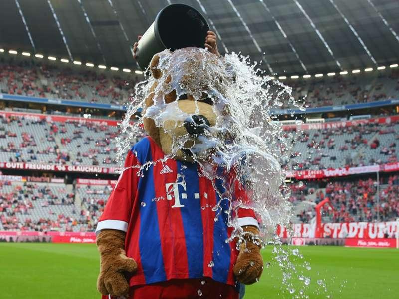 AVB, Ronaldo, Messi, Mourinho - Football's best ALS Ice Bucket Challenge videos