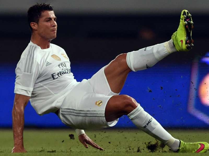 "Cristiano Ronaldo é questionado sobre a Fifa e revela desprezo: ""Estou c..."""