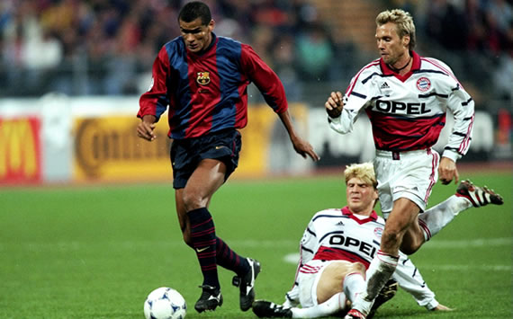 Rivaldo en Barcelona vs Bayern (Champions 1998)