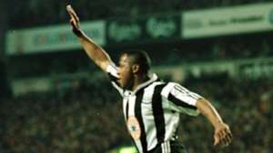 Les Ferdinand equalises for Newcastle