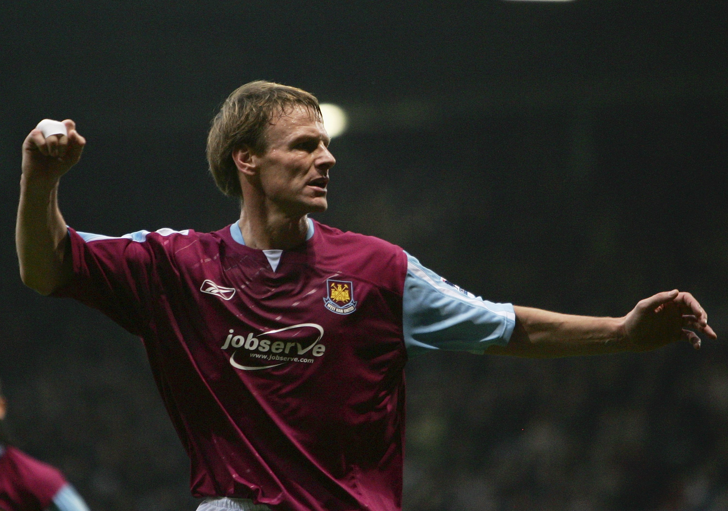 Teddy Sheringham playing for West Ham