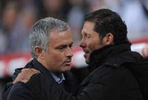 Chelsea's Jose Mourinho and Atletico Madrid's Diego Simeone embrace