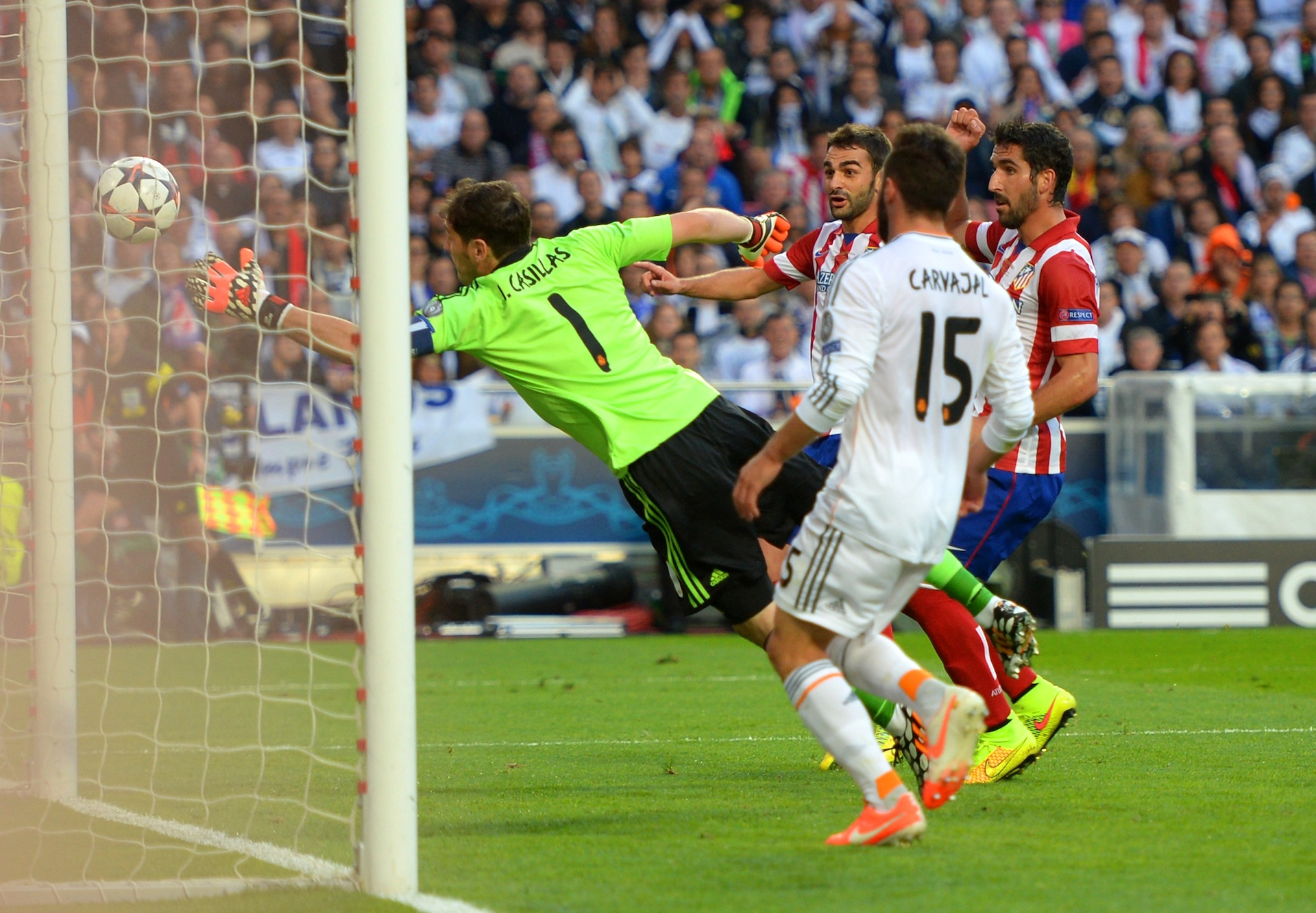 IKER CASILLAS DIEGO DOGIN REAL MADRID ATLETICO CHAMPIONS LEAGUE 24052014