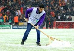 Galatasaaray Juventus snow