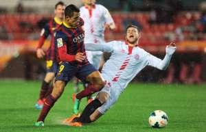 Alexis Sanchez Alberto Moreno Sevilla Barcelona La Liga 02092014