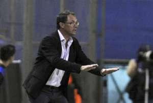 Wanderers coach Alfredo Arias
