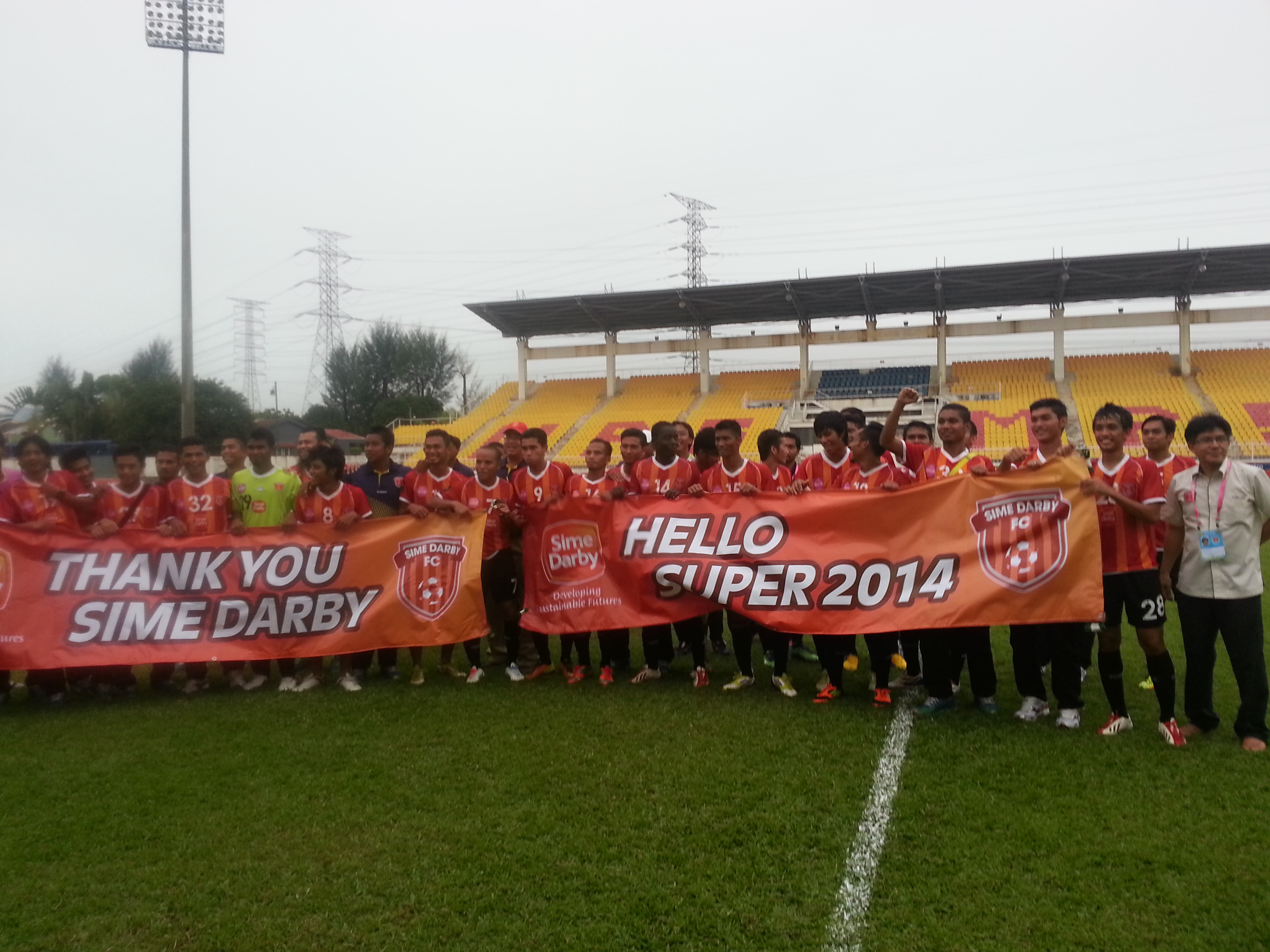 Sime Darby FC players celebrating their qualification to MSL