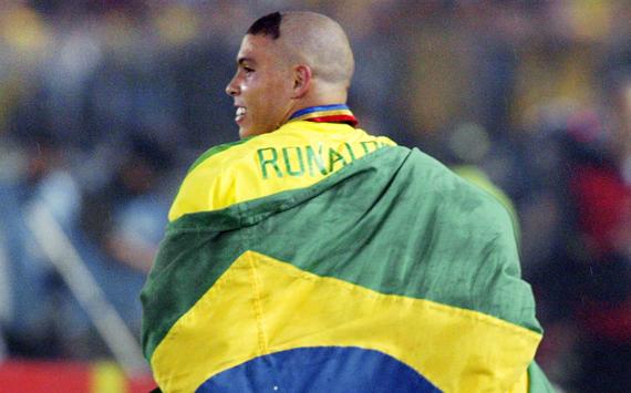 Ronaldo - Brazil - 2002 World Cup