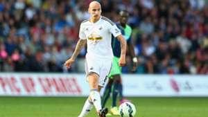 Jonjo Shelvey Swansea City Premier League 041014