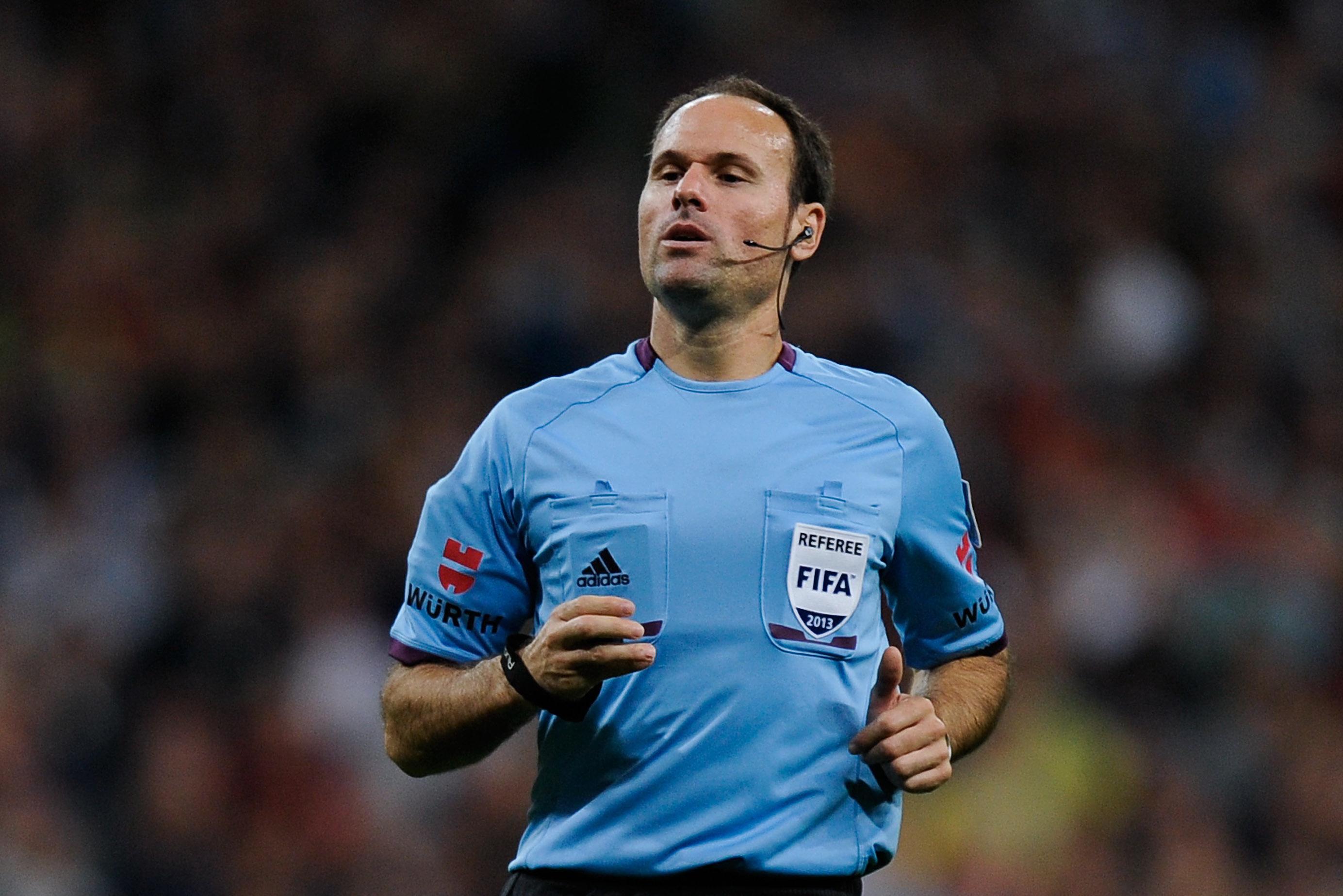 Mateu Lahoz - Referee - Liga BBVA - Spain