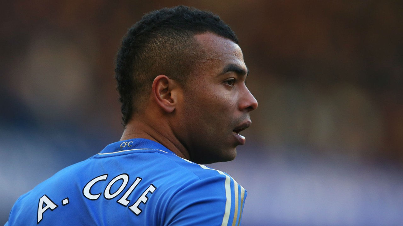 Chelsea are first choice for ex Arsenal man Ashley Cole as he