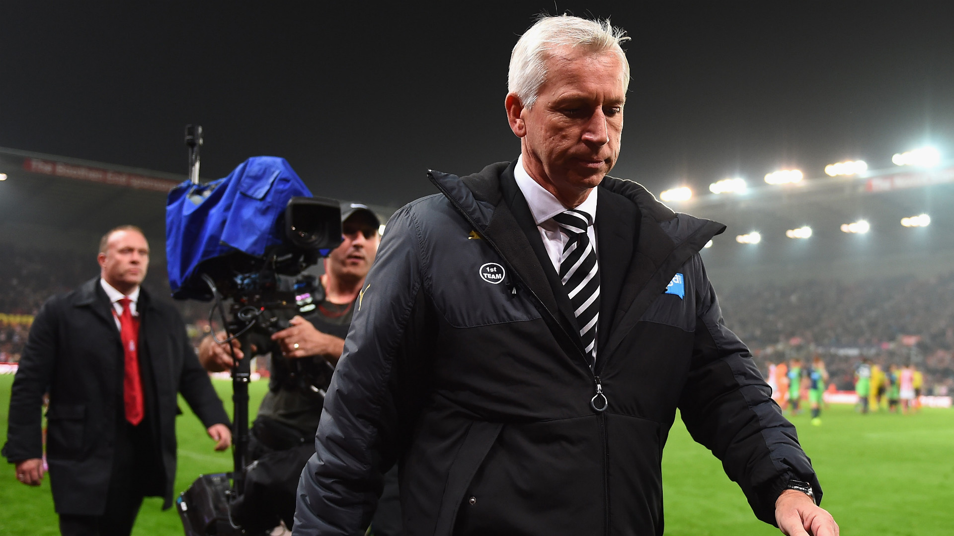 Alan Pardew | Stoke City 1-0 Newcastle United | Premier League | Britannia Stadium