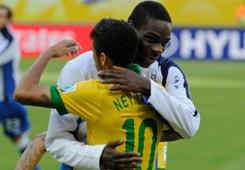 Balotelli & Neymar- Italy-Brazil