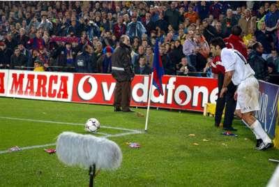 luis figo pig head real madrid barcelona