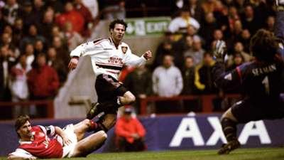 Manchester United v Arsenal 1999