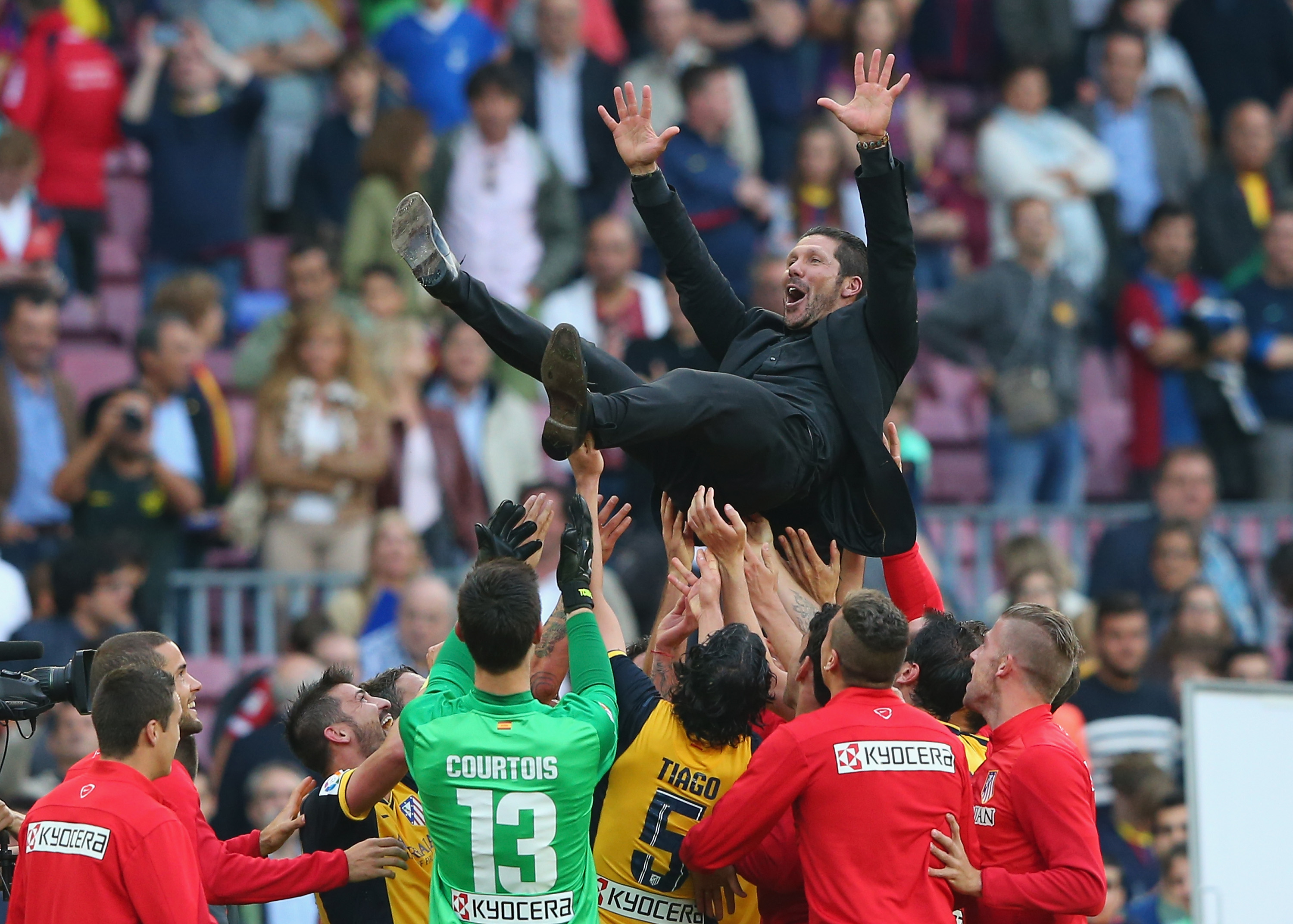 Atletico coach Diego Simeone celebrates