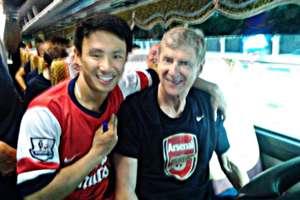 The Running Man & Arsene Wenger, Arsenal in Vietnam 2013