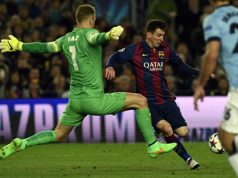 Messi hails 'phenomenon' Hart