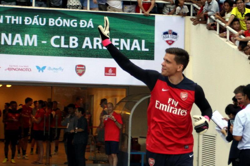 Wojciech Szczesny - Arsenal's training in Vietnam