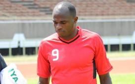 Kenya striker Dennis Oliech in training
