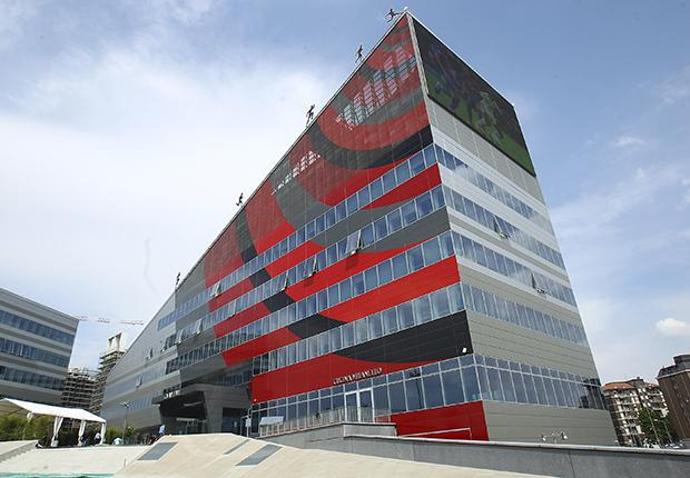 Milan di nuovo sotto indagine per il fair play finanziario