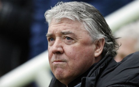 Manager Joe Kinnear tak; Newcastle United
