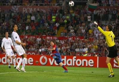 Lionel Messi Edwin van der Sar Barcelona Manchester United 2009