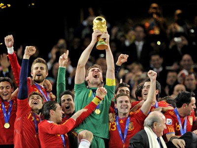 Spain World Cup Trophy Champions 07112010