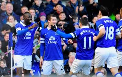 Everton celebrate.