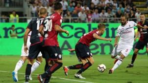 Gonzalo Hiugaín Milan v Cagliari Serie A 16092018
