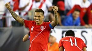 Paolo Guerrero Brazil v Peru: Group B Copa America Centenario 11062017