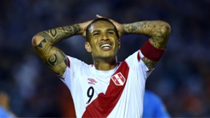 Paolo Guerrero Uruguay v Peru WC South America qualifiers 29032016
