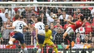 Alexis Sánchez Manchester United v Tottenham 21042018