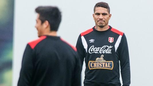 Paolo Guerrero Peru training session 29082017