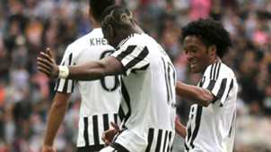 Paul Pogba Juan Cuadrado Juventus v Palermo Serie A 17042017
