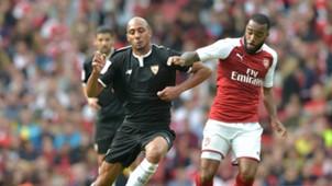 Steven N'Zonzi Alexandre Lacazette Sevilla Arsenal Emirates Cup 300072017