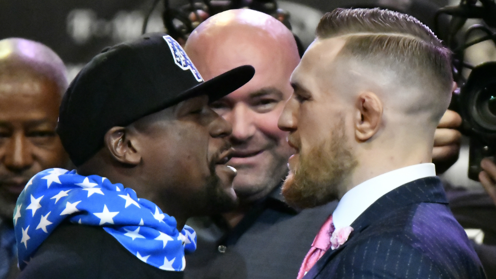 Dana White meeting with Floyd Mayweather's people: 'Don't count anything out'