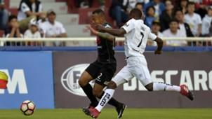 Liga de Quito v Bolivar Copa Sudamericana 2017 02082017