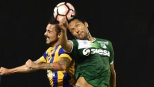 Abel Aguilar Sportivo Luqueño v Deportivo Cali Copa Sudamericana 09052017