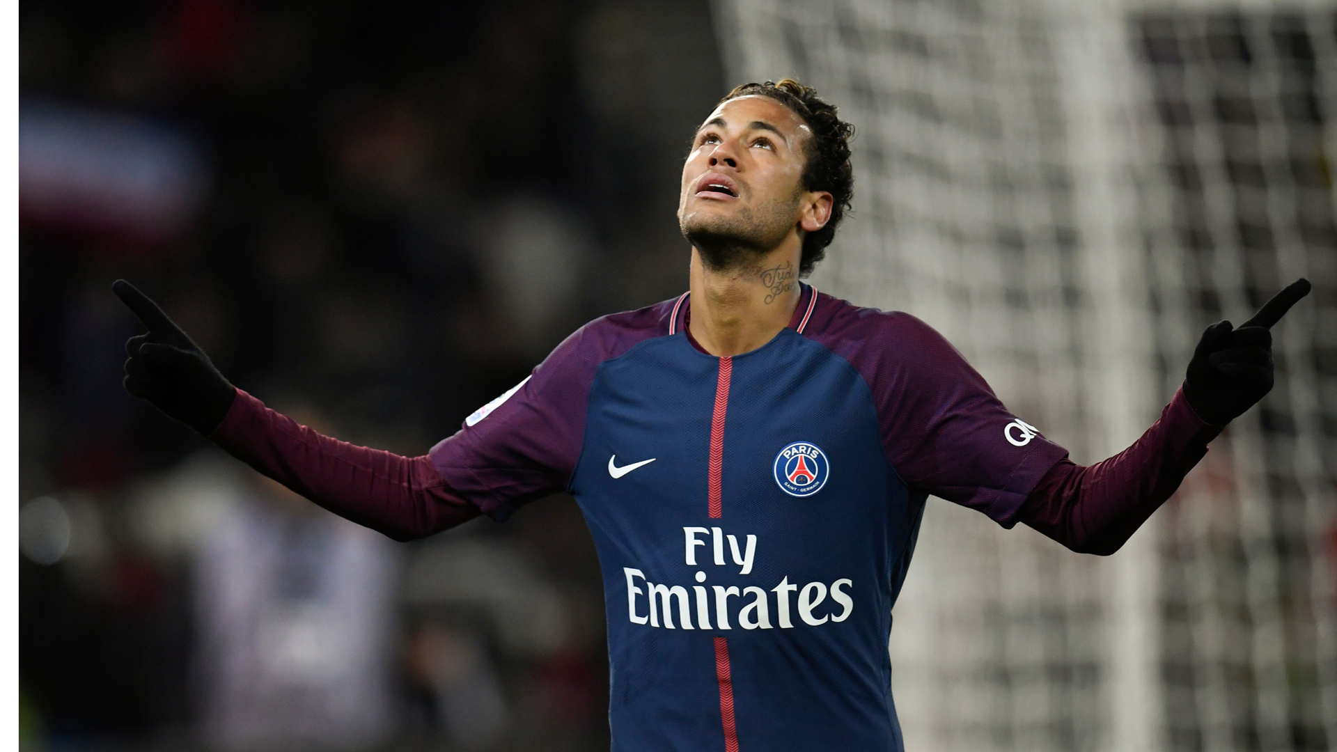 Neymar scores four as Cavani matches Zlatan record