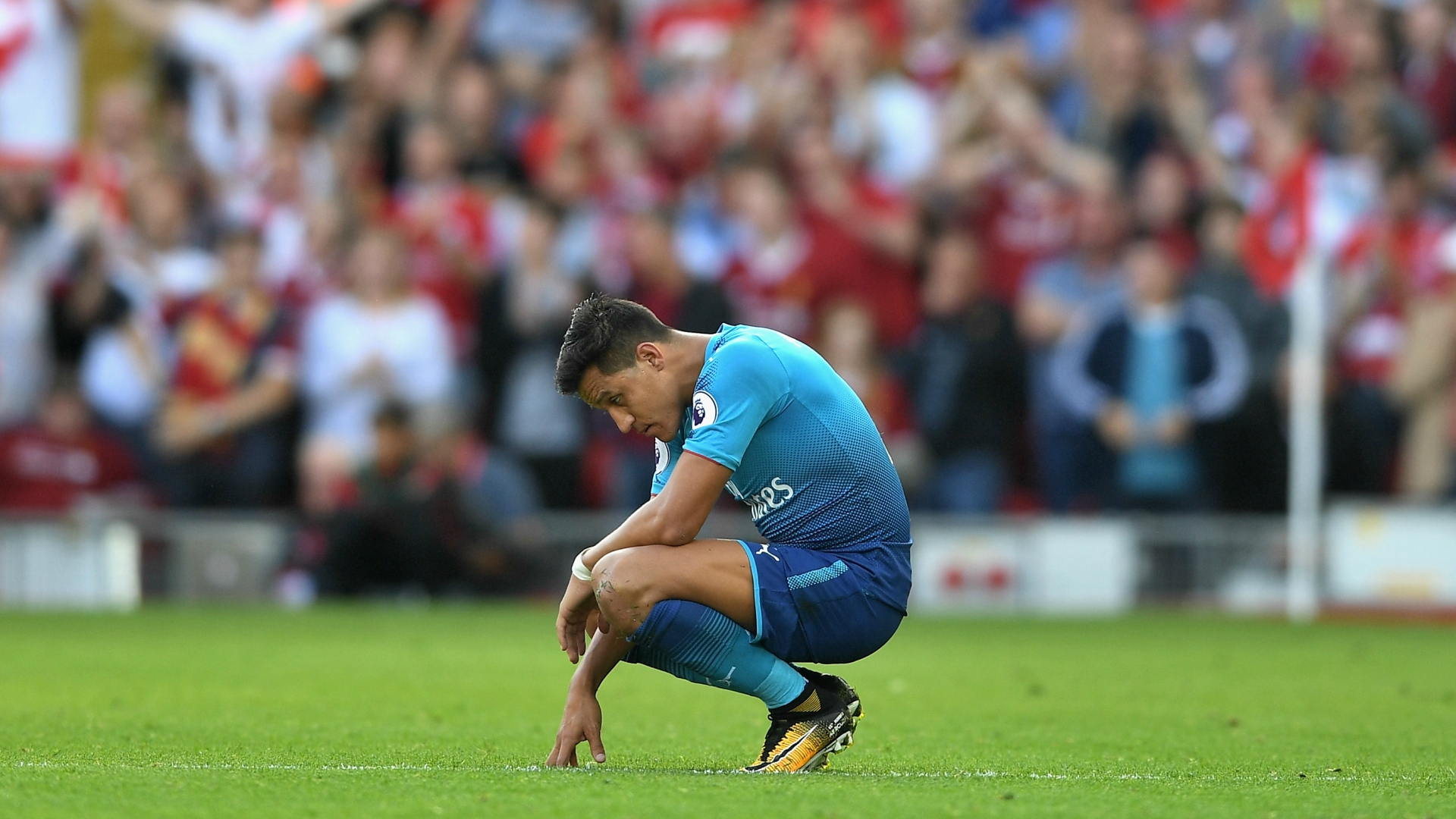 Pep Guardiola wants Manchester City to sign Arsenal striker Alexis Sanchez