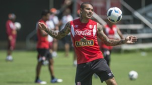Paolo Guerrero Peru training session 20032017