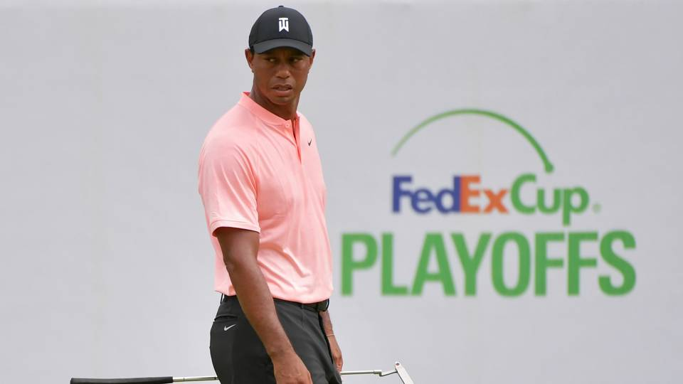 BMW Championship: Rory McIlroy, Tiger Woods slip back as Xander Schauffele leads