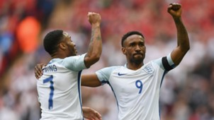 RaheemSterlingJermainDefoe - cropped